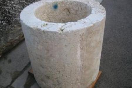 puit  en pierre