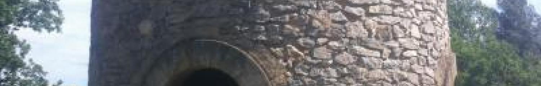 ancien chateau d'eau en pierre