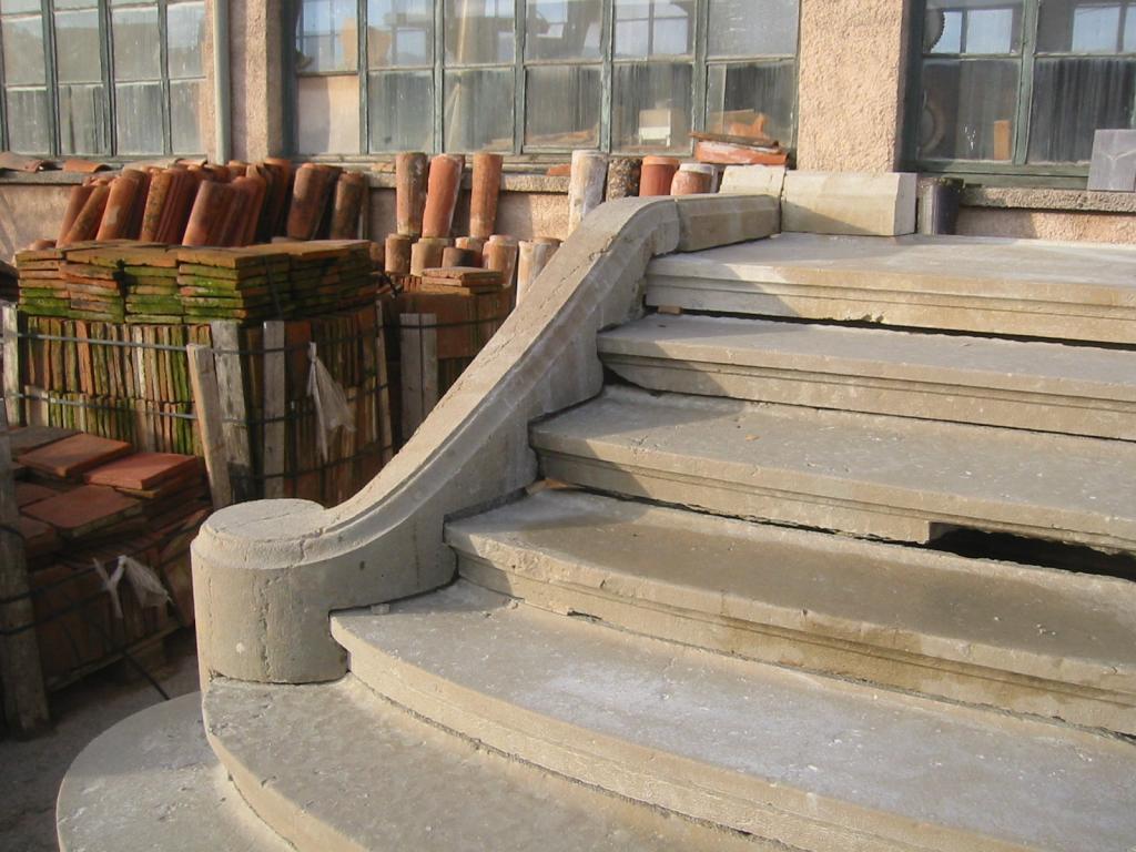 Escalier En Pierre escalier en pierre brignoles (var) ste-maxime vence