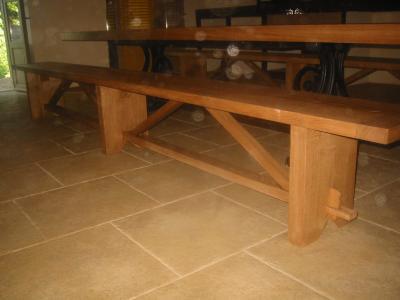 table + bancs en bois ~ Vente Matériaux anciens Brignoles