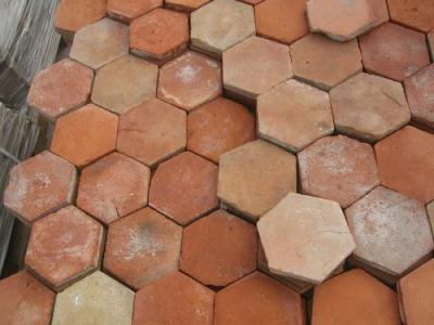 tomettes anciennes hexagonales de bourgogne tomette brignoles var. Black Bedroom Furniture Sets. Home Design Ideas